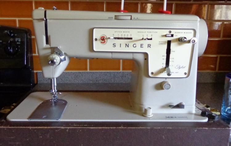 Singer Stylist 457