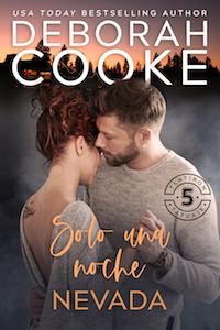 Just One Snowbound Night, book one of the Flatiron Five Tattoo series of contemporary romances by Deborah Cooke, Spanish edition